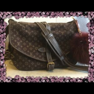 LOUIS VUITTON SAUMUR 30 CROSS BODY HANDBAG 🎉